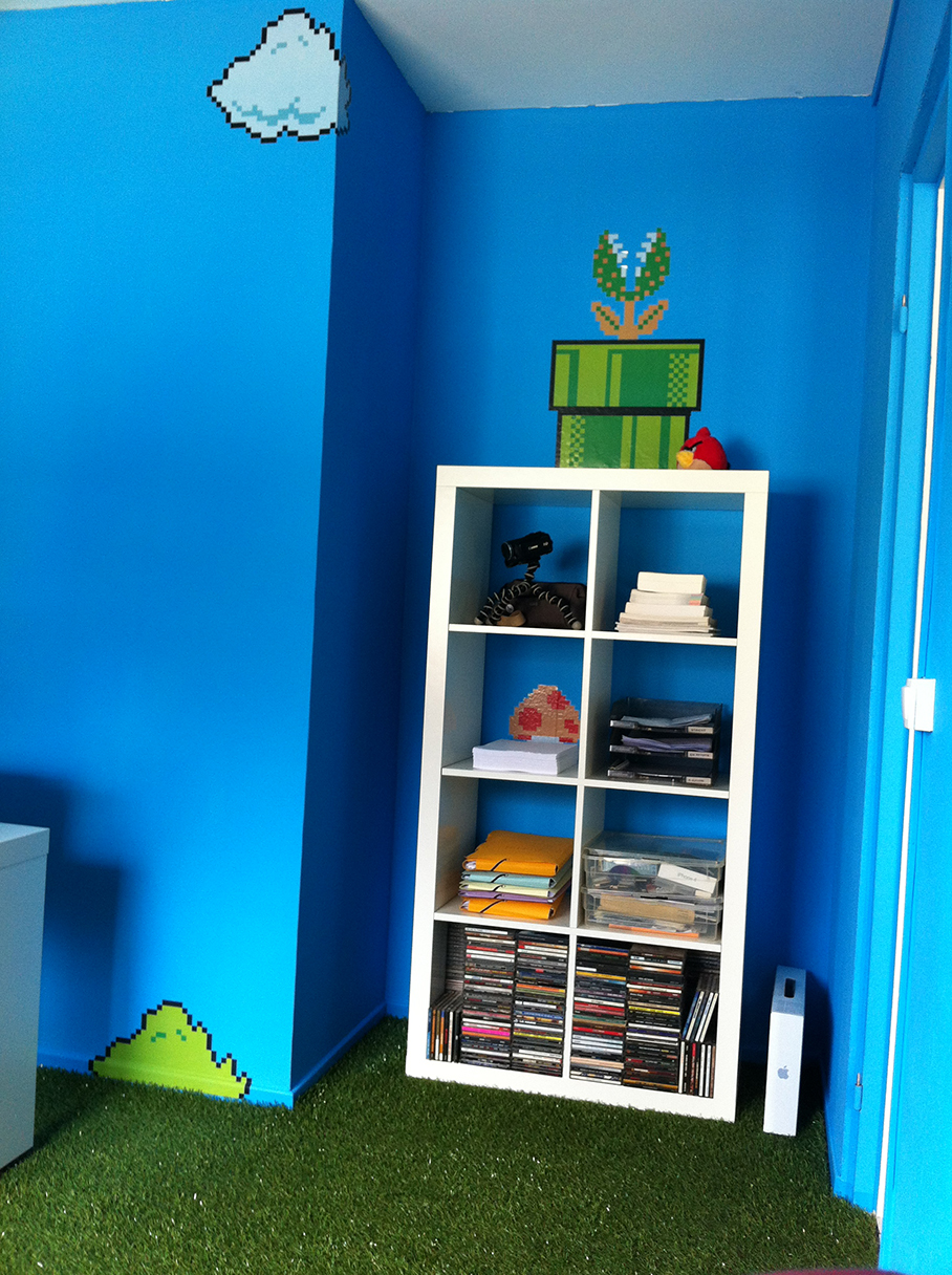 bureau d coration super mario bros de stagueve. Black Bedroom Furniture Sets. Home Design Ideas