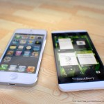 Blackberry-z10-vs-iphone-5-04