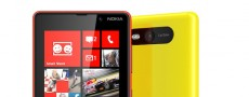 NOKIA présente le Lumia 820 sous Windows Phone 8